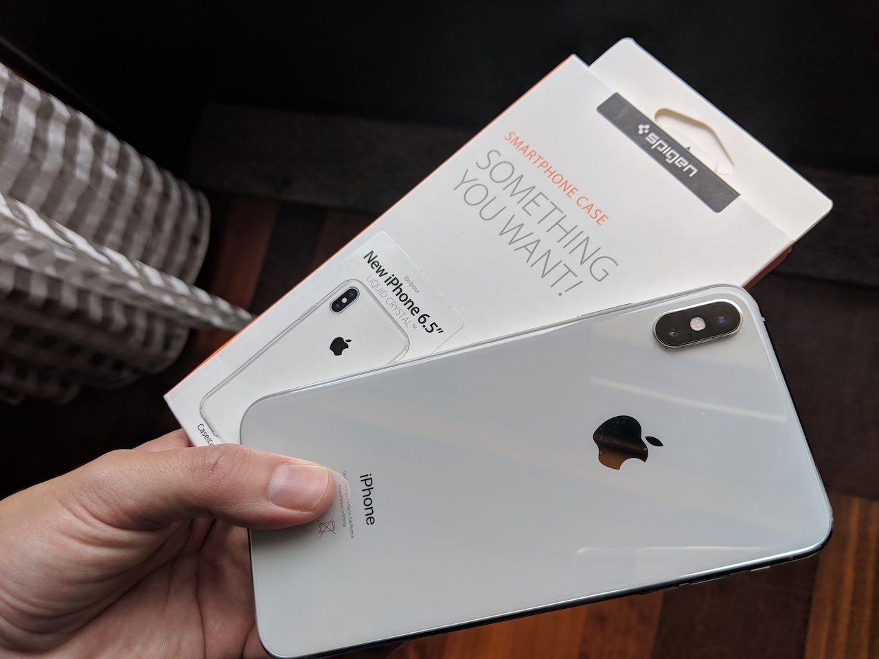 spigen liquid cristal iphone xs max